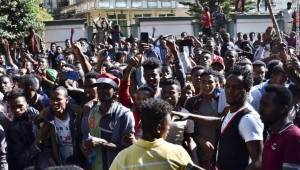 Deadly protests roil Ethiopia as Nobel winner's backers and critics clash