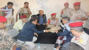 Taiz military police catch smuggling gang with 700-year-old antiquities from Rasulid dynasty
