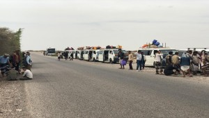 Hundreds of travelers stranded in Abyan after being denied entry into Aden