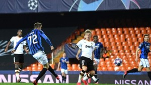 ičić scores four, as Atalanta seal quarter-final place in style with 4-3