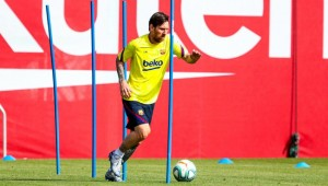 Coronavirus: Messi, Suarez and Barcelona team-mates back in training