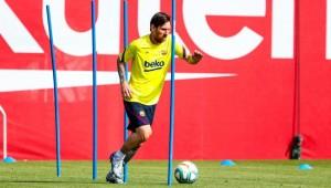 Coronavirus: Messi, Suarez and Barcelona team-mates back in training