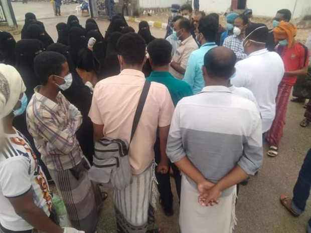 Hospital staff monitoring Yemen's first COVID-19 patient demand stricter safety measures