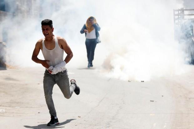 Israeli soldier killed by rock thrown during West Bank raid