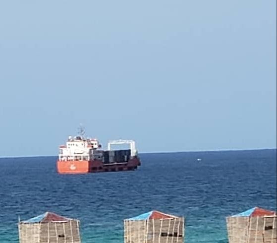 Socotra loses power after Yemeni officials flag unauthorized UAE ship