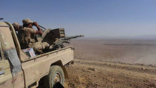Yemen army captures more than 30 Houthis after losing ground in renewed fighting along Nihm front