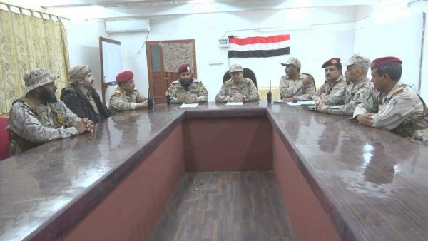 Yemen army commanders discuss 'tactical withdrawal' from Nihm front amid fierce clashes
