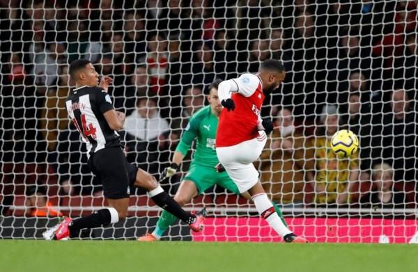 Arsenal crush Newcastle 4-0