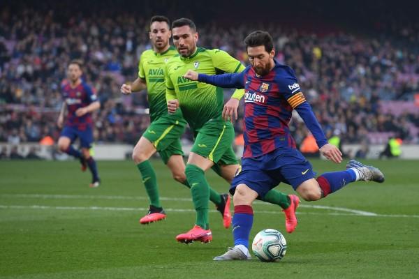Barcelona 5-0 Eibar: Marvellous Messi flexes his muscles ahead of pivotal week