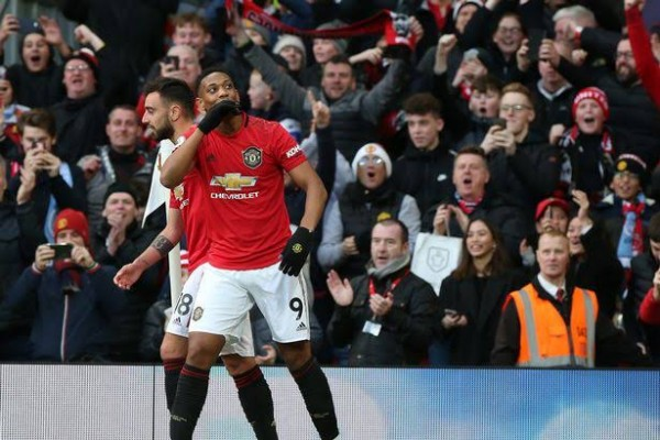 Manchester United 2-0 Manchester City