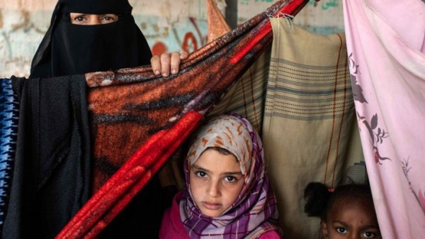 Amid the conflict and suffering, Yemenis' generosity stands firm