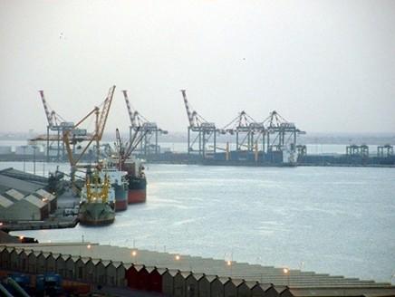 Coronavirus aid shipment stalled in Aden port amid Yemen government, STC power struggle