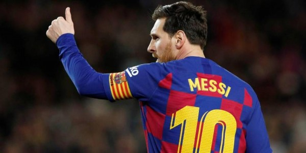 Barcelona Players Agree to Reduce Salaries by 70%