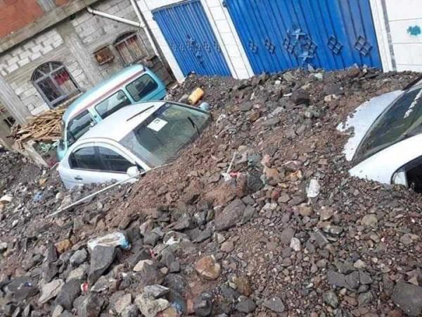 Floods in Aden leave eight dead, dozens of homes destroyed