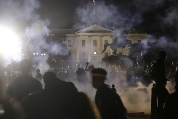 Trump tells U.S. governors to crack down on violent protests